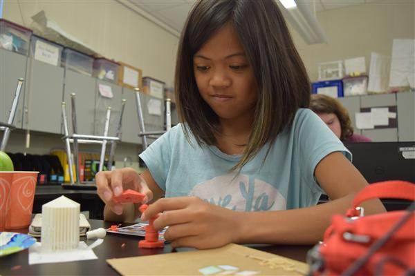 Sunnyvale Library and CMS team up to bring STEM to girls